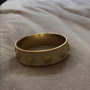 Lilly bracelet